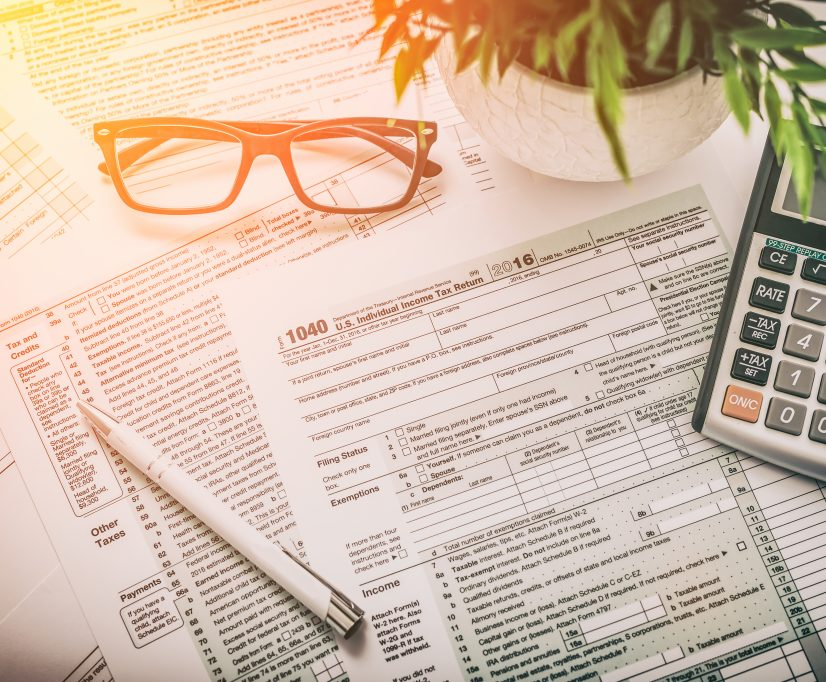 tax-return-forms-with-calculator-image